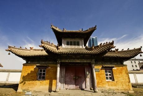 Choyzhin lamyn suma